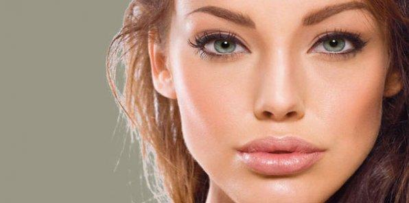 """Мезотерапия, плазмолифтинг, ботокс и многое другое со скидками до 75% в косметологической студии """"Совершенство"""""""